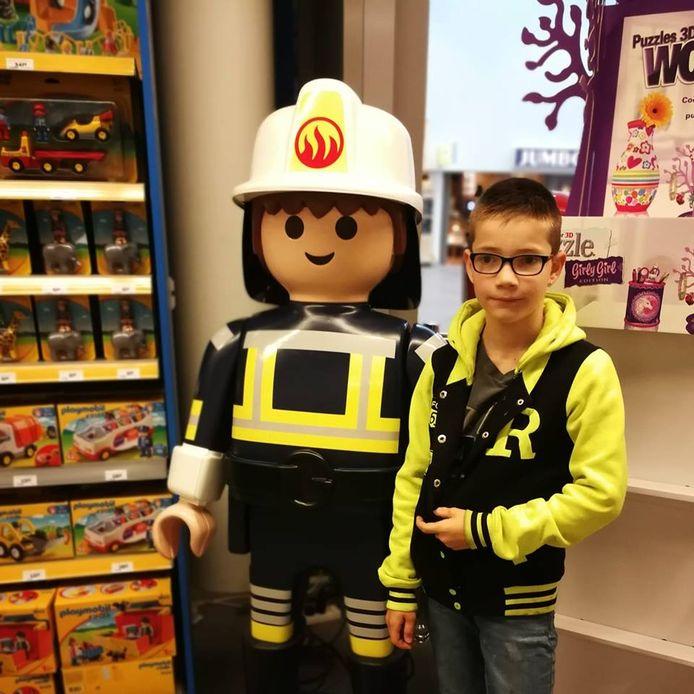 Jayden (11) had een unieke Playmobil-collectie, maar deze is verloren gegaan na een ongeluk op de A12.