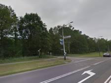 Boze bestuurder breekt voorruit met brandblusser in Deventer