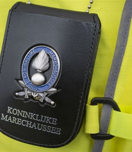 Mannen met valse rijbewijzen opgepakt bij grenscontroles langs A1 en N35
