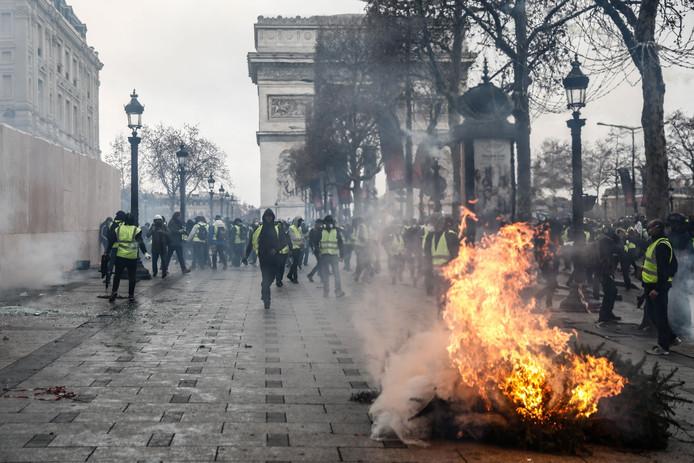 De gelehesjes-protesten houden Frankrijk al een paar weken in hun greep.