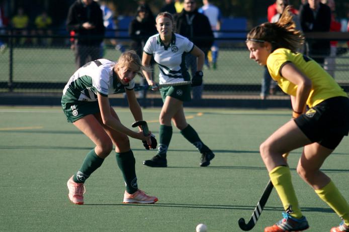 De Deventer vrouwen kwamen niet tot scoren tegen Bemmel.
