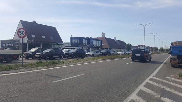 Bij het buiten rijden van Knokke ontstond een lange file