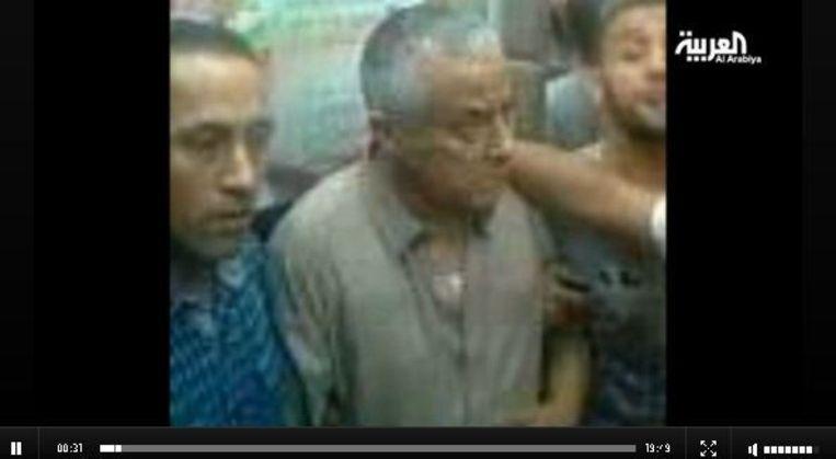 Beeld van de ontvoerde premier zoals wordt uitgezonden op de zender al-Arabiya. Beeld screenshot