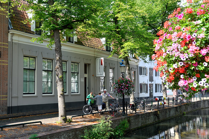 Het Mondriaanhuis aan de Kortegracht. Het pand werd in de jaren 80 gered van de sloop.