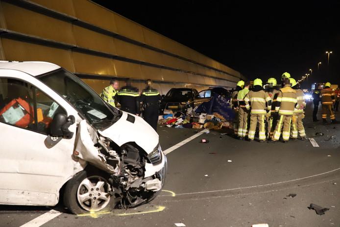 Ernstig ongeval op de A2 bij Enspijk, maandagavond