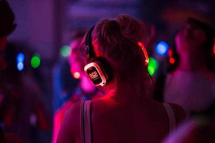 Onenigheid over het al dan niet meenemen van koptelefoons van een silent disco leidde vorig jaar tot een vechtpartij