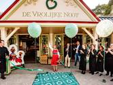 Roodkapje opent restaurant La Place in de Efteling