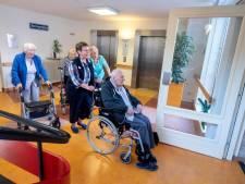 Bewoners veelbesproken zorgcentrum Vreedenhoff: 'De meiden hier zijn fantastisch'