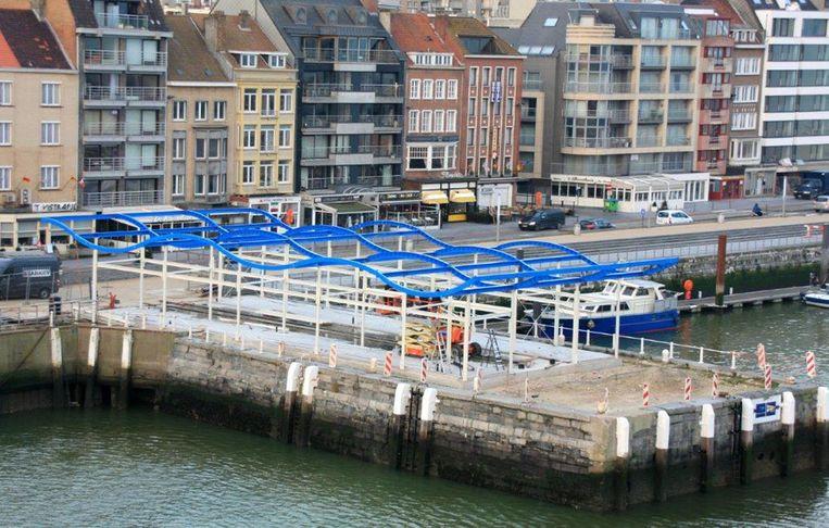 De werken aan de nieuwe Vistrap op de Visserskaai schieten goed op.