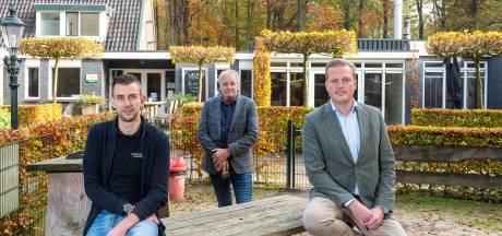 Bezem door De Bosrand in Vaassen: park wordt uitgebreid met pannenhoekenhuis