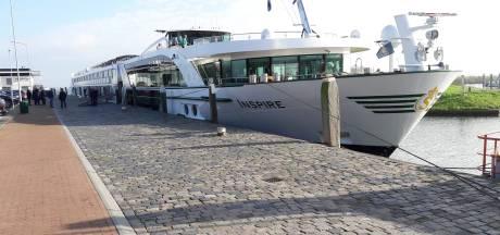 Verzet tegen aanlegsteiger in Willemstad: 'We zijn het zat. Er is geen behoefte aan cruiseboottoerisme!'