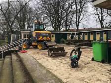 Verzakte tegels zorgden voor gevaar: trappen bij Tuindorpbad Hengelo op de schop