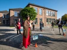 Pastores leveren de prijzen voor de actie voor filmapparatuur Elster Werenfriduskerk