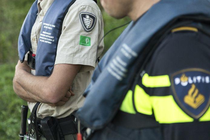 Toezichthouders controleren op de Utrechtse Heuvelrug.