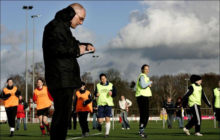 Voetbalclub FC Twente organiseert een Vrouwenvoetbal Talentendag. Beeld anp