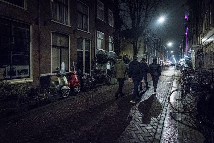 Het 'rustige' stuk van de Lange Leidsedwarsstraat in Amsterdam.