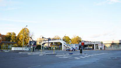 Herinrichting stationsplein blijft prioriteit, ook zonder NMBS: Bestuur ziet station liefst verdwijnen voor buurtwinkel