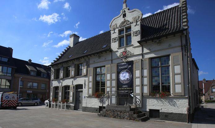 Het Schepenhuys in Beernem.