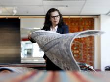 Hoe krijg je een tapijt in een Koreaanse auto? Een dag uit het leven van tapijthandelaar Nadereh Andacheh