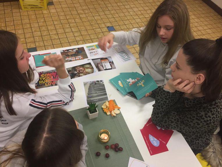 De leerlingen namen al deel aan een workshop.
