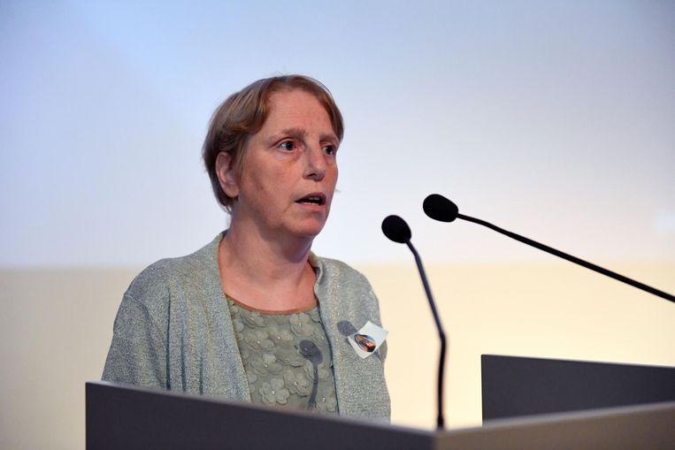 Martine Jordaens kreeg 26 jaar geleden als eerste patiënte een hart-longtransplantatie in het UZ.