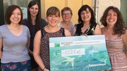 Kappers op locatie zamelt 1.225 euro voor OCMW in