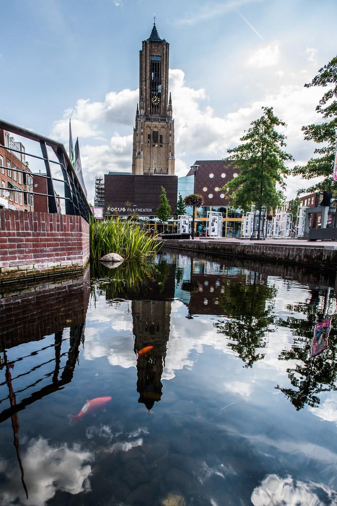 Opnieuw goudvissen in de Jansbeek.