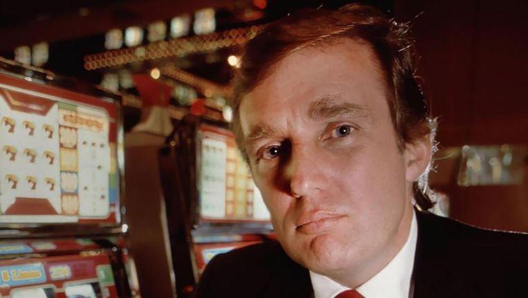 Tump in een van zijn casino's in 1990. Beeld Getty