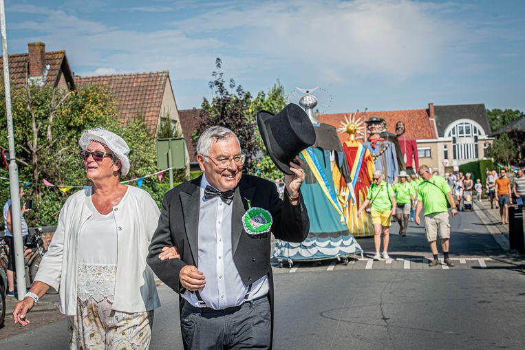 Peter en meter van de reuzin Tante Babelie, Rudy Vankeirsbilck en Hendrika Taverne.