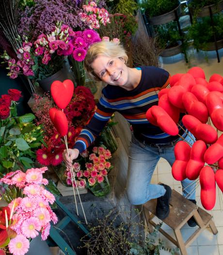 Drukke Valentijnsdag voor bloemisten: de liefde wordt in de Betuwe wel degelijk gevierd