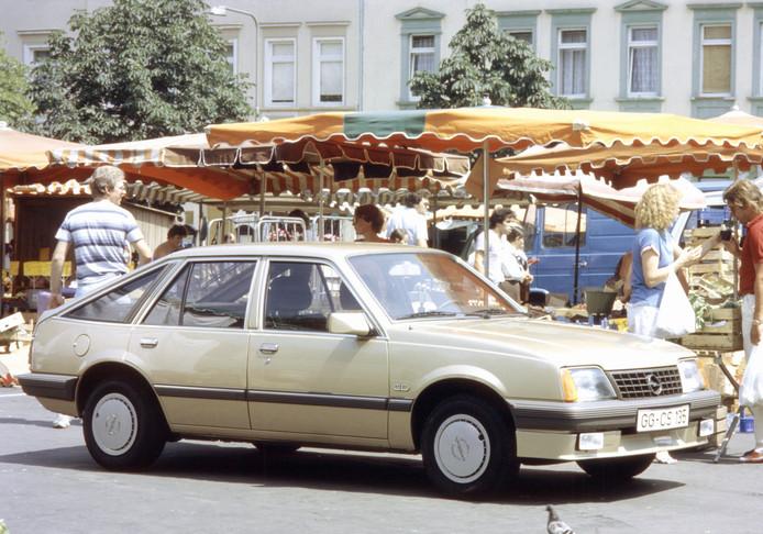 De brave Opel Ascona doet Spanjaarden en Portugezen aan hele andere dingen denken