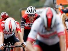 Bauke Mollema werkt met goede benen verder naar Giro