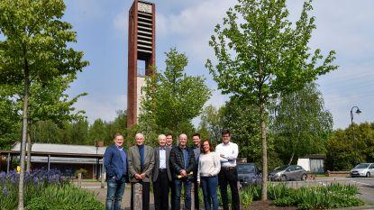 Gemeente koopt kerk Heizijde: toren blijft bewaard, gebouw ruimt plaats voor een park