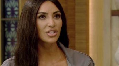 Kim Kardashian houdt zich in over overspelige Tristan Thompson