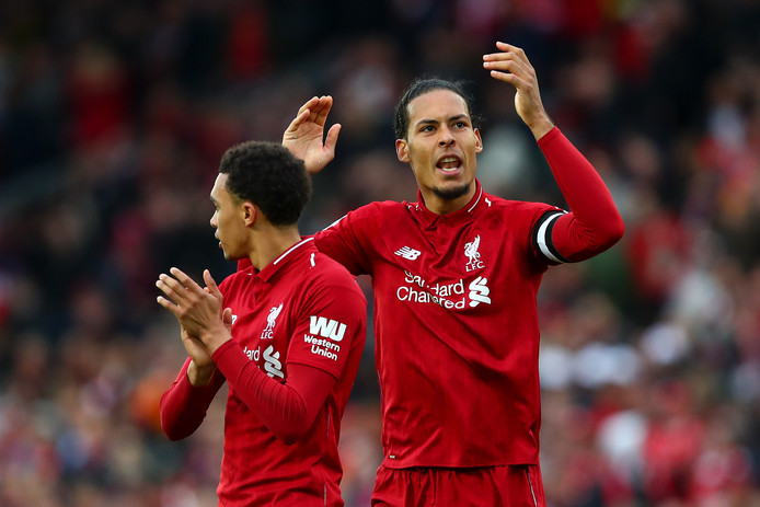 Virgil van Dijk viert de zege op Tottenham Hotspur van afgelopen zondag.