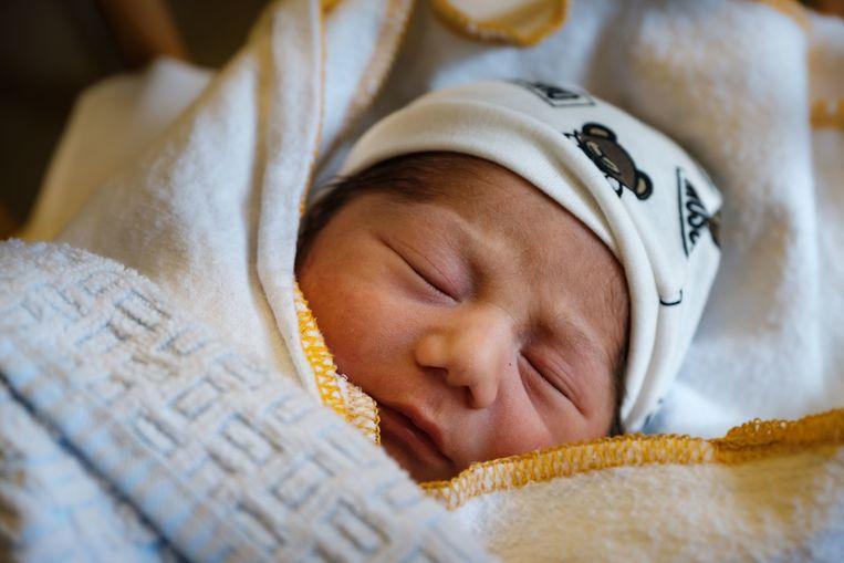 Het pasgeboren jongetje.