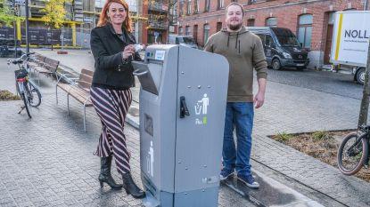 Vijf nieuwe vuilnisbakken met perssysteem kunnen elk tot 960 liter afval aan