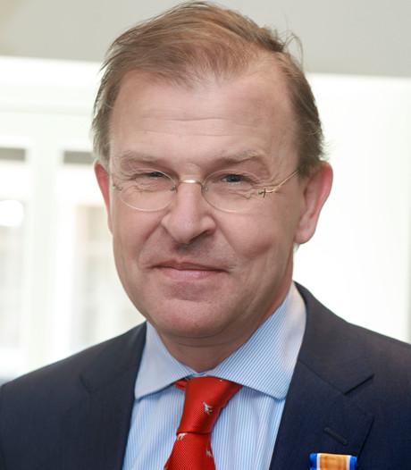 Maurits van Bouwdijk Bastiaanse uit Esch benoemd tot Ridder in de Orde van Oranje Nassau
