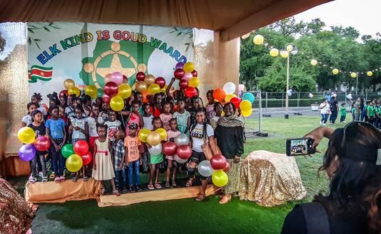 Het 'kind': dat is waar het om draait als op 5 december op het Onafhankelijkheidsplein de eerste Nationale Kinderdagviering plaatsvindt. Een dag waarin de regering officieel afrekent met het Sinterklaasfeest, vanwege de invloeden van slavernij en koloniale overheersing