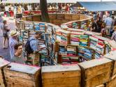 Deventer Boekenmarkt overweldigend? Hier hulp: vijf verkopers over hun 'pareltjes'