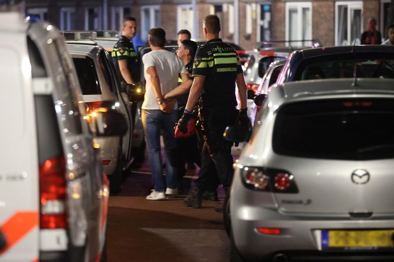 Man aangehouden in Oltmanstraat