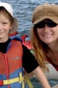 Drie jaar cel voor moeder die doodziek kind met olie en thee behandelde