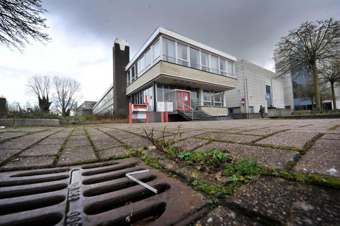Het voormalige Wegenerpand, de plek waar momenteel zes uitgeprocedeerden worden opgevangen.