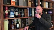 Cocktailgoeroe Reinout Gelaude brengt whisky tot in woonkamer