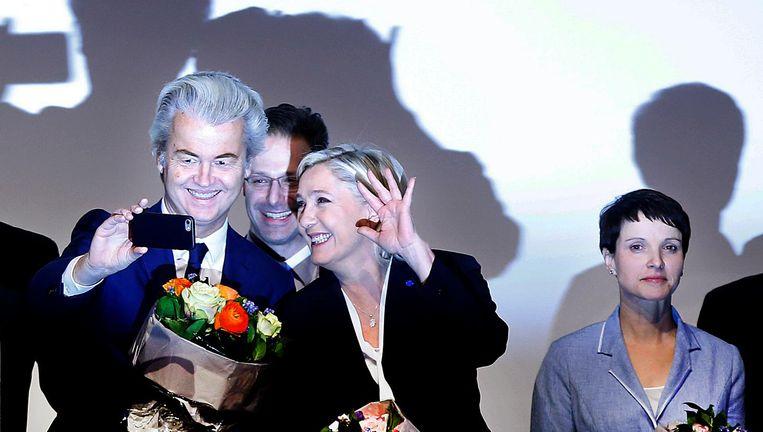 Januari 2017, Koblenz. Geert Wilders (PVV) en Marine Le Pen (Front National) op een bijeenkomst van Europese populistische partijen. Beeld AP