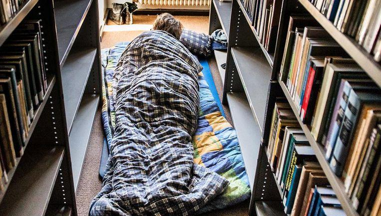Een student overnacht in het Bungehuis van de UvA. Beeld anp