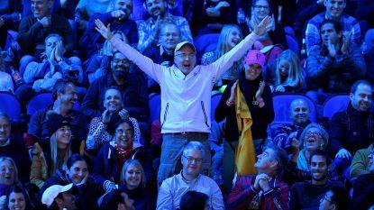 LIVE: Weergaloze Goffin stunt opnieuw! Hij klopt nu ook Federer en speelt de finale van de Masters na winst in drie sets (2-6, 6-3 en 6-4)