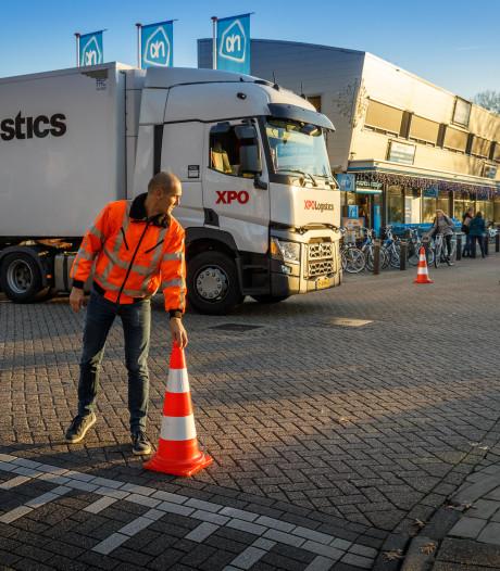 Verkeerspluim VVN voor Albert Heijn Steenwijk voor hulp bij laden en lossen