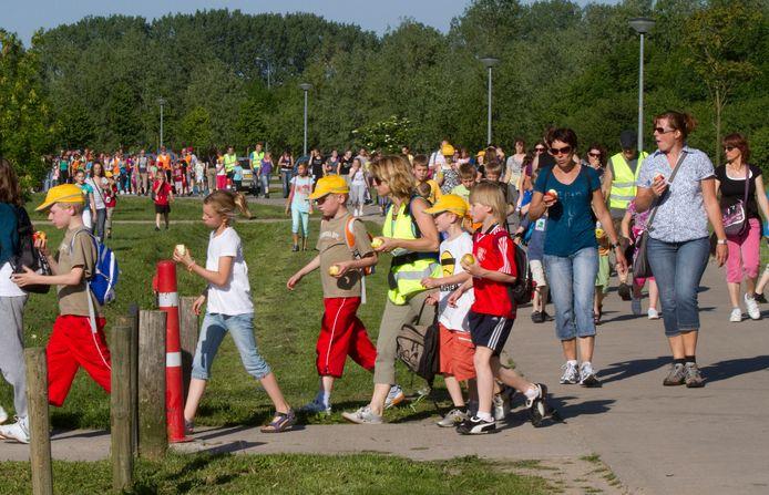 De 25e editie van de Duivense wandelvierdaagse in 2010.
