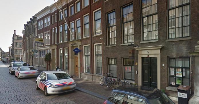 Het politiebureau aan de Groenmarkt in Dordrecht.